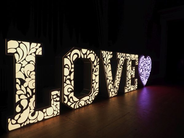led letters